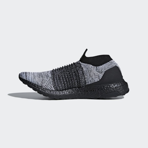 c716f5d855dc7 MEN S adidas Ultra BOOST Laceless